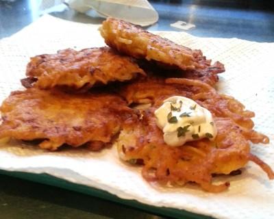 Shiksa Cooking: Latkes and Brisket